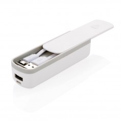 2200 mAh powerbank with integrated cable storage